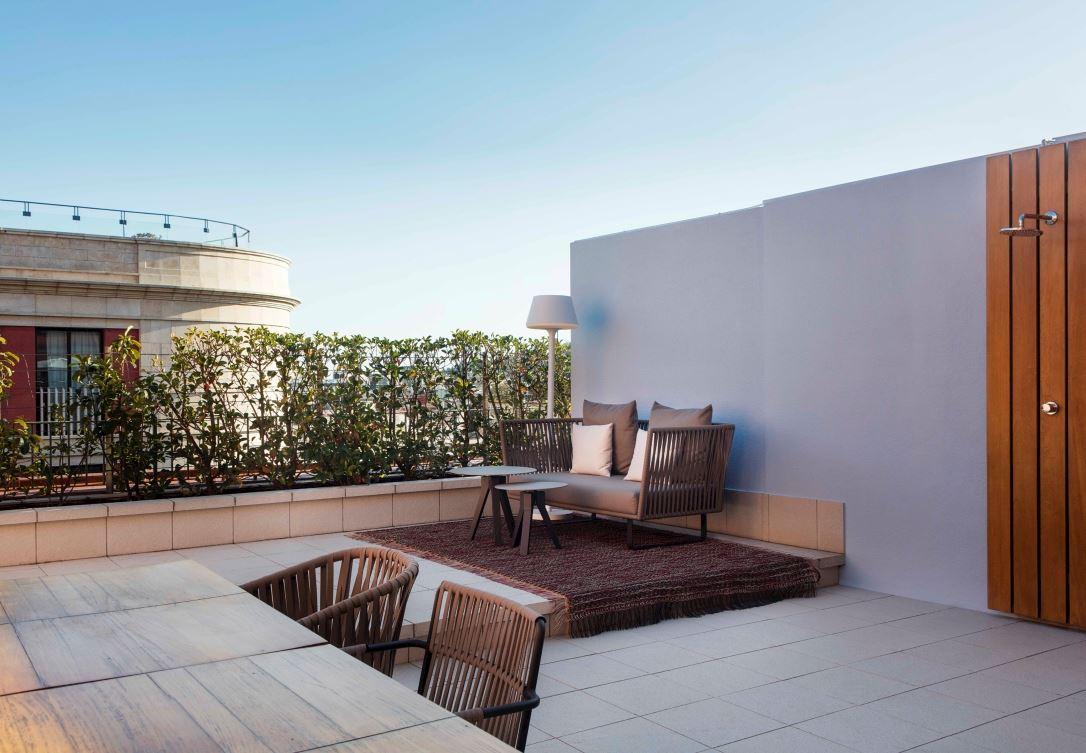 Grand Terrace Suite